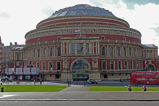 Royal Albert Hall-Best Places to Visit in UK