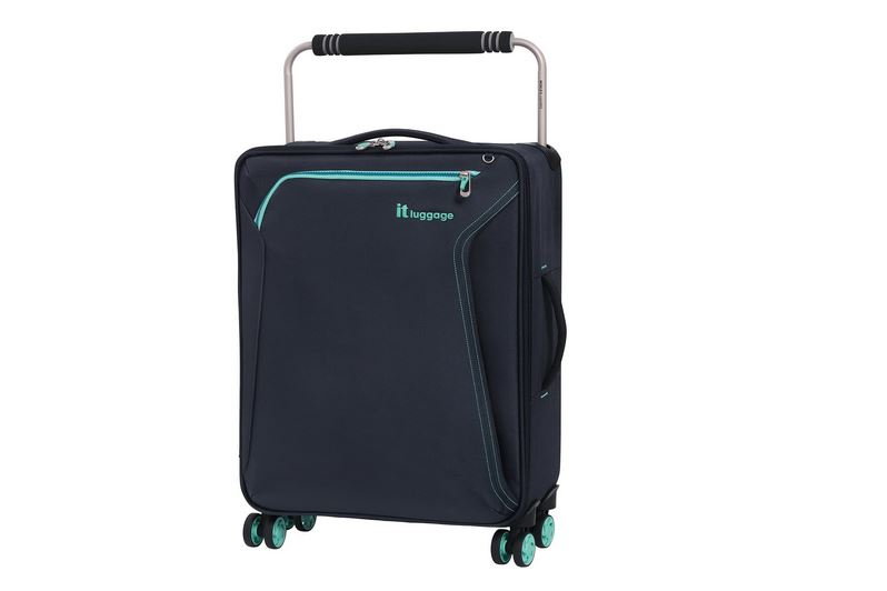 it luggage Suitcase Review (1)